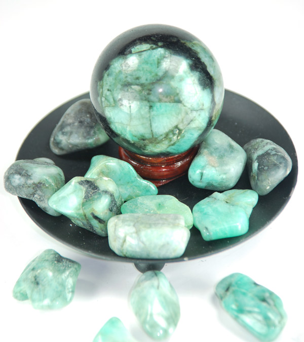 emerald-crystal-ball-emeralds